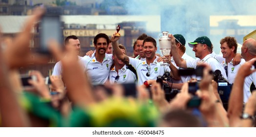 Sydney, Australia - Jan 7, 2015. Public meeting with the fans at Opera House. The australian cricket team won The Ashes in 2015.