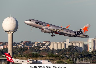 Sydney, Australia - May 5, 2014: Jetstar Airways Airbus A320 Aircraft Taking off from Sydney Airport.