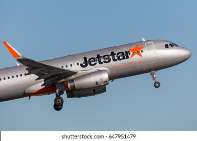 Sydney, Australia - May 5, 2014: Jetstar Airways Airbus A320 airliner taking off from Sydney Airport.