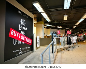 Sydney, Australia. - On December 19, 2016. - Glue fashion and clothing outlet store on sale buy 1 get 1 free.