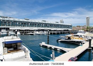 SYDNEY, AUSTRALIA. – On October 17, 2017 - Finger Wharf at Woolloomooloo Bay in beautiful blue sky day.