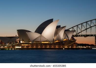 SYDNEY AUSTRALIA-SEP 28 : A general view of the Sydney Opera House at sunset on September 28, 2016 in Sydney, Australia.