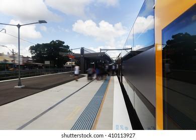 Sydney city train platforms