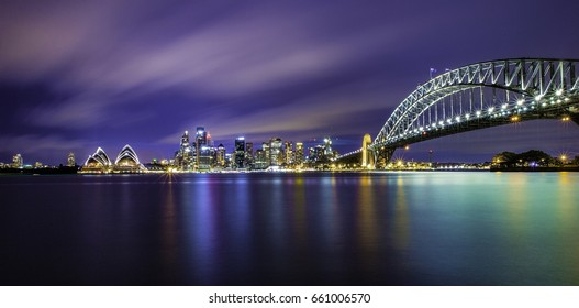 Sydney city and its two icons