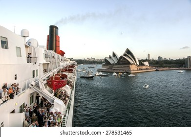 Sydney harbor with Opera House - panorama taken on 19 of February 2007 during Queen Elizabeth 2 cruise ship visit - Bow View