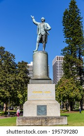 SYDNEY - MAY 10 : Captain Cook statue at Hyde park, Sydney, Australia on May 10, 14. The statue was erected to commemorate Captain Cook`s discovery of the east coast of Australia in 1770.