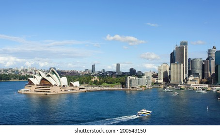 SYDNEY - MAY 11: View of Sydney and the Harbor on May 11, 2014 in Sydney, Australia. Over 10 millions tourists visit Sydney every year, making Sydney one of the world's top tourist destinations.