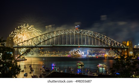 Sydney New Year Eve Fireworks Display Show at the Harbour Bridge