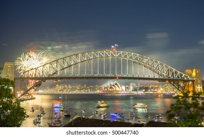 Sydney New Year Eve Fireworks Show at the Harbour Bridge