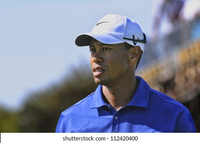 SYDNEY - NOV 12: American Tiger Woods in the third round in the Australian Open at The Lakes golf course. Sydney