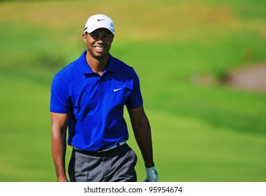 SYDNEY - NOV 12: American Tiger Woods smiles to the crowd at the Emirates Australian Golf Open in Sydney, Australia on November 12, 2011