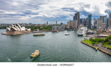 SYDNEY - NOVEMBER 2015: Aerial view of Sydney skyline from the top of the bridge.
