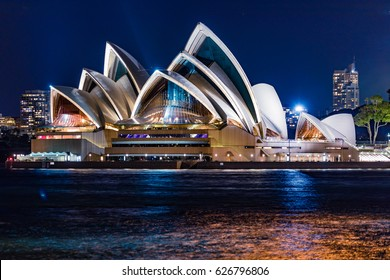 Sydney Opera house, March 18th A night time shoot of Sydney's iconic opera house. which features live events, restaurants and the opera bar. 18/03/2017