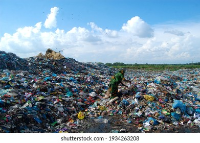 Sylhet, Bangladesh - 6 October 2015: Workers are working in Toxic waste dumping management with health risks without adequate safety.