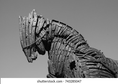 The symbol of the city of Canakkale. Trojan sculpture. Wood sculpture. Trojan legend. great sky in the background. Sharp details. Contrast photography. Canakkale. Turkey. October 2017.