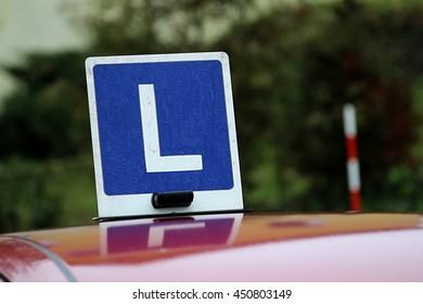Symbol driving school L