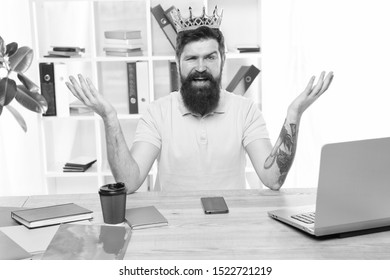 Symbol of Narcissist. selfish and narcissistic man in crown. Concept of narcissism and selfishness. bearded happy man reconciling himself with crown. Me Myself And I. selfish self-independent.