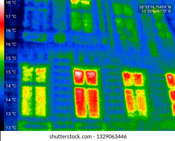 symbolic image: thermographic image of house fassades: thermal insulation, building, global warming.