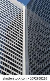 Symmetric building architecture