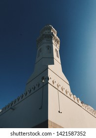 Symmetrical shot of Quba Mosque.