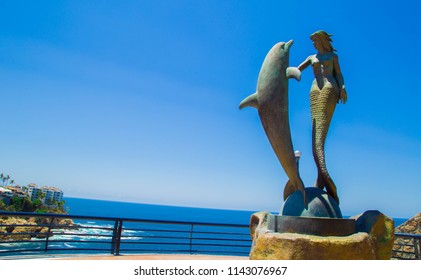 Symphony of the Sea in Acapulco.