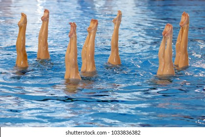 synchronized swimming, legs