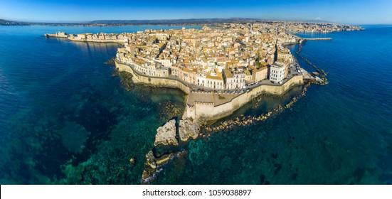 Syracuse - Sicily, Italia, Isola di Ortigia Coast of Ortigia island at city of Syracuse, Sicily, Italy. Beautiful travel photo of Sicily.