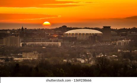 Syracuse University at Dawn