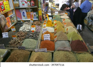 SYRIA, DAMASCUS, April 17,2007 - People at  the central market in Damascus (Al-Hamidiyah Souq in the old city of Damascus)