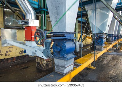 system discharge of dust from dust collectors for coal boilers