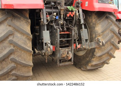 System of installation of hinged units on the tractor - wheeled agricultural machinery close-up rear view