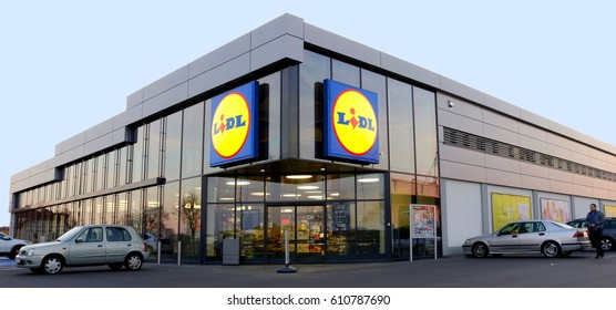 "SZCZECIN, POLAND - March 28, 2017: new discount store ""Lidl"" in Szczecin,"