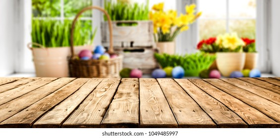 Table background and easter time
