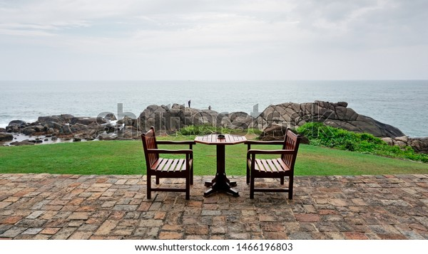 table-by-beach-galle-sri-600w-1466196803