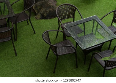 Table and chair set in the garden.