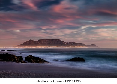Table mountain capetown sunset