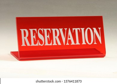 Table number and reserved plates made of plexiglass