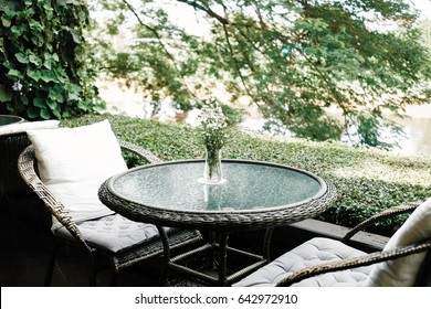Table Relaxation corner, fresh