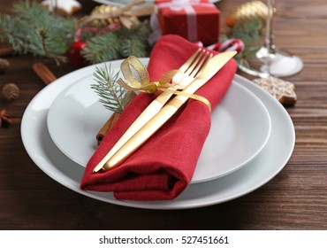 Table setting for Christmas dinner