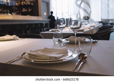 table setting dinner in restaurant