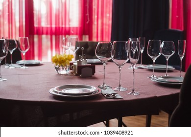 table setting for lunch