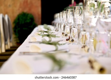 Table setting for an wedding reception