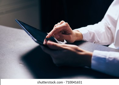 tablet in hand, work, business