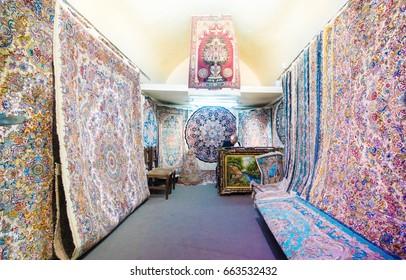 TABRIZ, IRAN - OCTOBER 29: Persian carpet or Iranian carpet shop in Tabriz Bazaa on October 29,2016 in Tabriz Iran.