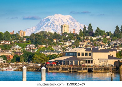 Tacoma, Washington, USA with Mt. Rainier in the distance on Commencement Bay.