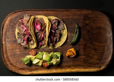 tacos with onion
