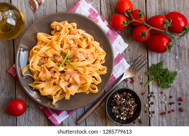 Tagliatelle pasta with salmon and creamy sauce
