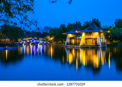 Taichung Park in Taichung, Asia, and Taiwan is a long-established place. The pavilion in the center of the park represents the buildings in Taichung. The beautiful lights at night attract many lovers