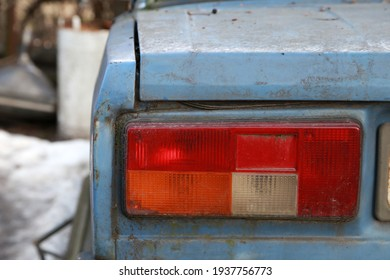 taillight on an old car