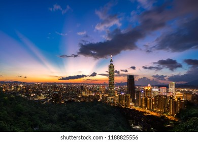 Taipei, Taiwan - Aug 29, 2017: Taipei city landmark - Taipei 101 sunset